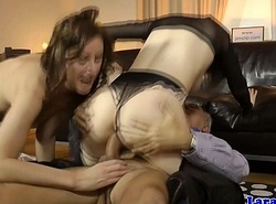 English milf cumswaps hither hungarian babe in arms
