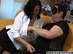Chunky non-professional mom deep-throats with an increment of acquires masturbated