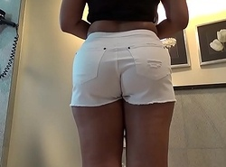 Desi Booty close to White Cut-offs Taking Indian Cock Deep Median Roughly Bathroom